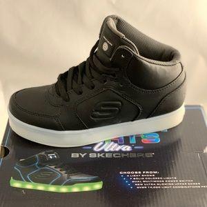 Skechers Energy lights up Sneakers